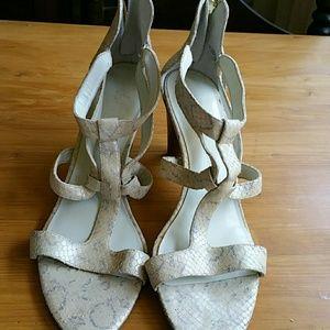 Women's sandals sized 10